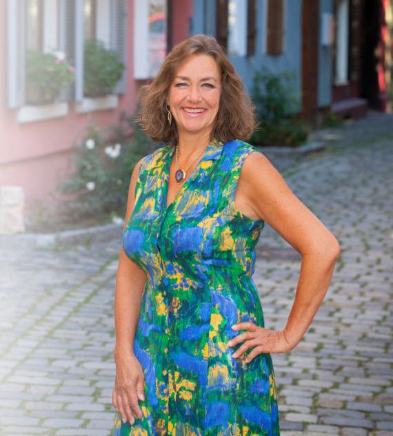 Schmuckdesignerin Ulrike Lutz - Edel und Stein Esslingen